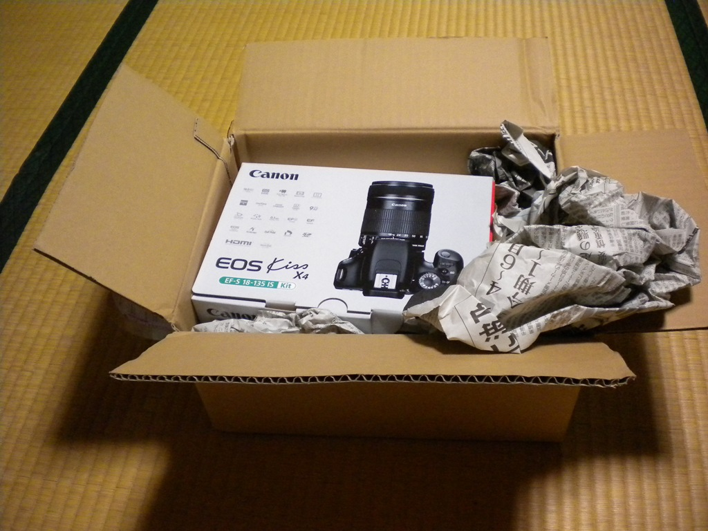 一眼レフ購入♪「Canon EOS Kiss X4 EF-S18-135 IS」