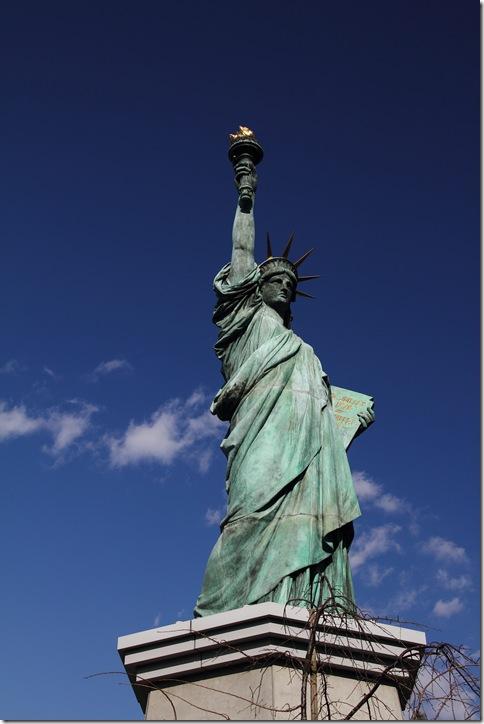 自由を追求、追い求めるためには、