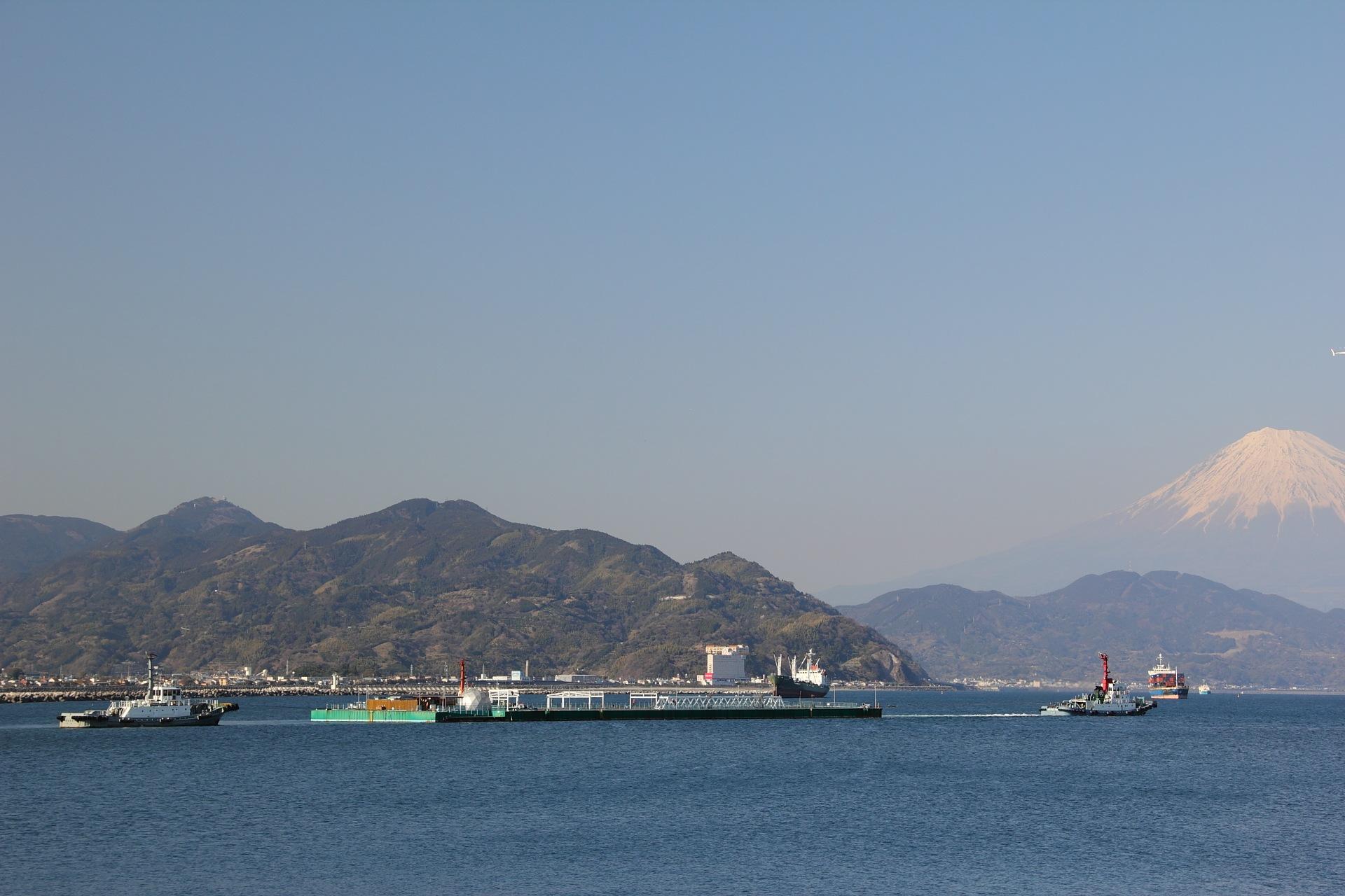 静岡から福島に旅立つ「メガフロート」