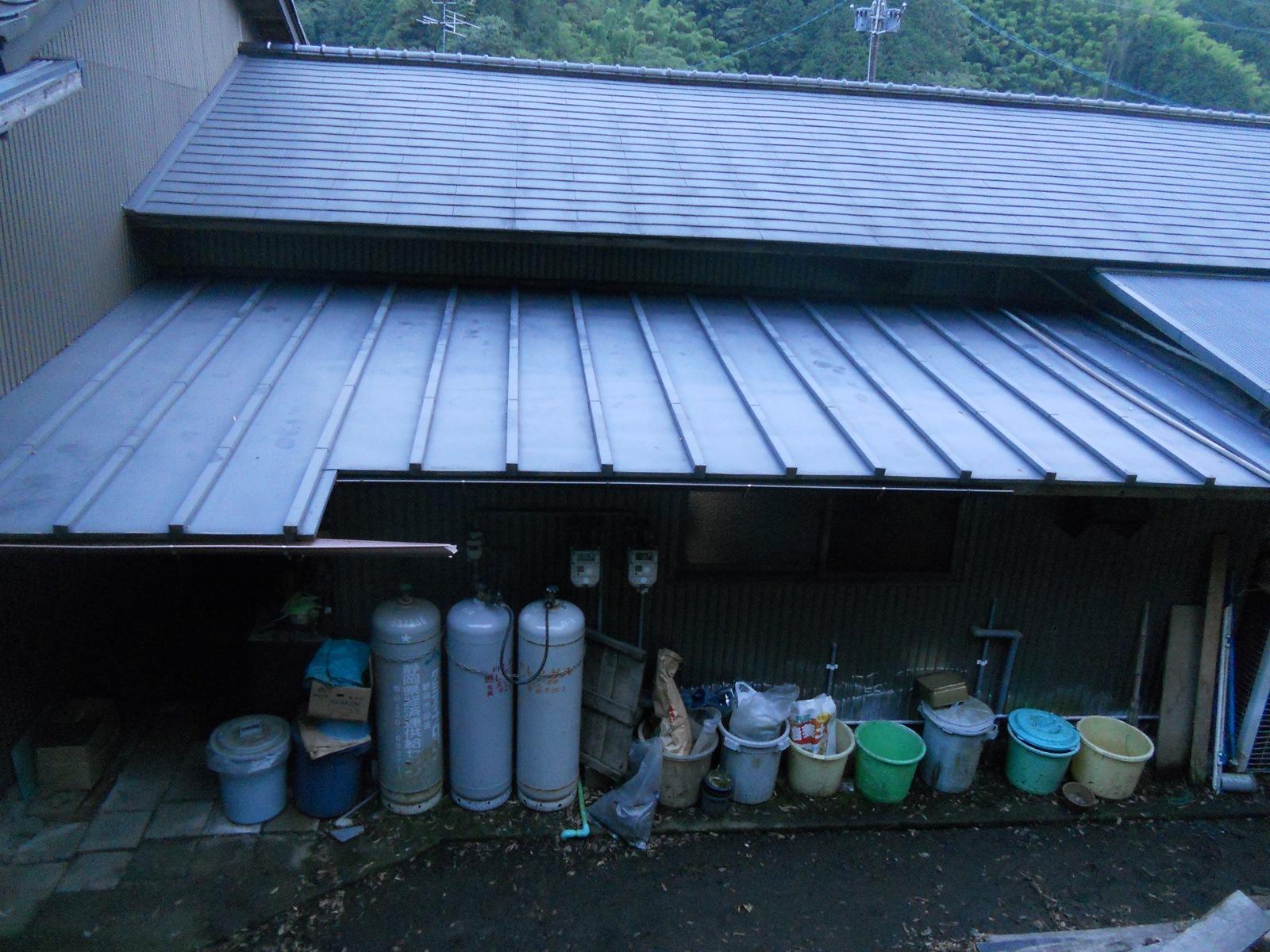 屋根の上の掃除:11.07.31